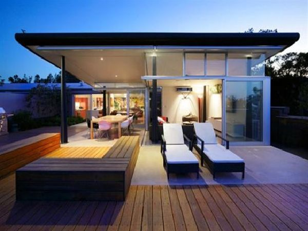 Amazing PenthouseA Dream Home Design with Wooden Deck2017