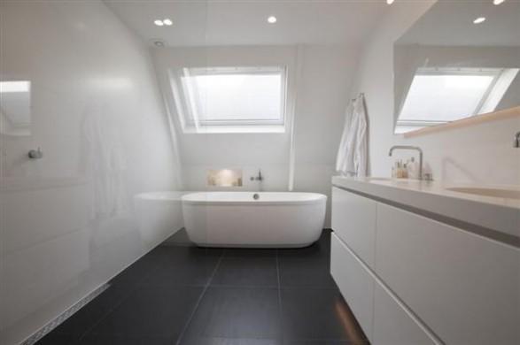 Minimalist bathroom Design by Hofman Dujardin Architects