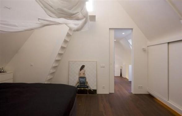 bedroom Design by Hofman Dujardin with wooden flooring