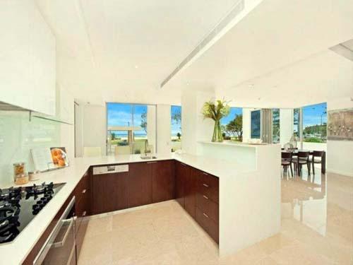 Miele Kitchen Appliances Beachside Apartment
