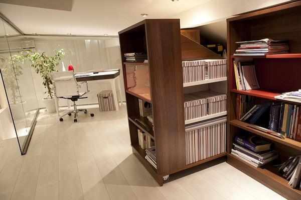 Modern Bookcase Design og Small Apartment by Robert JAnevski