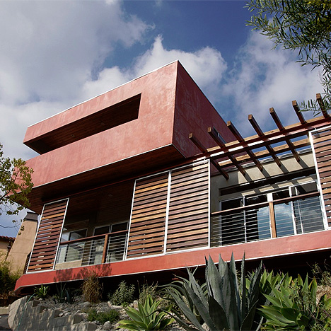 Amazing Two Storey Apartment in Los Angeles, red box addition jeremy levine
