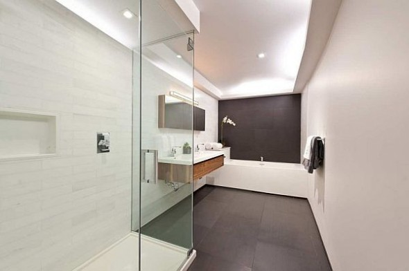 modern manhattan apartment bathroom